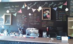 smile coffee place Coffee And Donuts, Coffee Places, Architect Design, Architects, Kitchens, Smile, Deco, Cafeterias, Kitchen