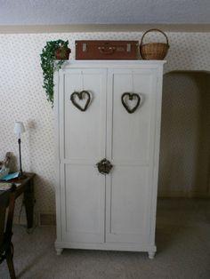 wardrobe 82 x 22 x 44 inches.