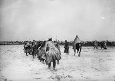 THE RETREAT OF THE SERBIAN ARMY TO ALBANIA, 1915      Serbian soldiers during the retreat from Kosovo, December 1915.