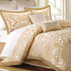 Madison Park Signature Carmichael 8-piece Charmeuse Comforter Set