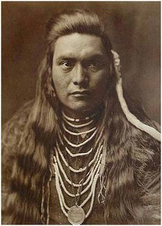 Sawyer, Nez Perce, photographed in 1905 by Edward S. Curtis.