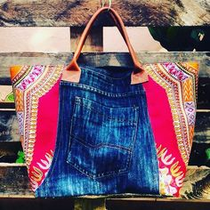 E cabas jean et pagne Addis-Ababa Sacs Tote Bags, Denim Tote Bags, Sac Vanessa Bruno, African Accessories, Addis Ababa, Denim Crafts, African Inspired Fashion, Cute Handbags, Recycled Denim