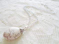 Howlite silver chain pendant necklace Gemstone necklace