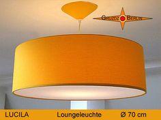 Loungeleuchte LUCILA Ø 70 cm Pendellampe mit Diffusor und Baldachin. Die Baumwolle strahlt in einem sonnigen Gelb. So schön und angenehm wie ein klarer, warmer Sommertag. Baumwolle strahlend Gelb