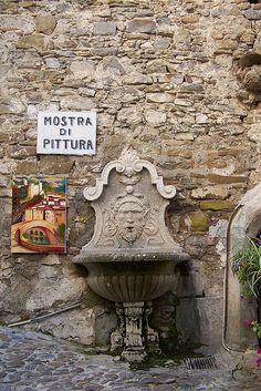 Dolceacqua by werner_from_nowhere, via Flickr #InvasioniDigitali il 27 aprile alle ore 18:00 Invasori: Andrea Scibilia e Associazione Culturale Autunnonero.