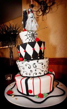 25 Extra-Scary Halloween Wedding Cakes Halloween Wedding Cake 22 ...