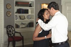 Kerry Washington and Tony Goldwyn Scandal Flirting Messages, Flirting Quotes For Her, Flirting Texts, Flirting Tips For Girls, Flirting Humor, Groucho Marx, Mary Tyler Moore, British Accent, Speed Dating