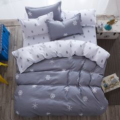 """HOT PRICES FROM ALI - Buy """"luxury Home textiles bedclothes snowflake Stripe christmas Bedding sets Cotton bed linen duvet cover housse de couette"""" from category """"Home & Garden"""" for only USD."""