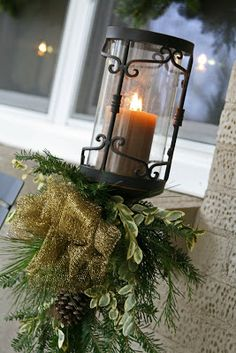 The Butlers: Christmas Decorations: Outside