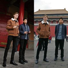 I just realised that the left pic makes him seem inhumanly tall