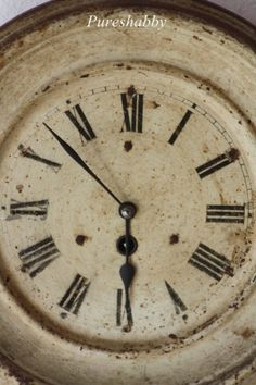 vintage clock via apositivelybeautifulblog.tumblr.com