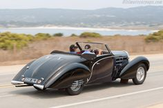 Bugatti Type 57 C Gangloff Aravis Cabriolet (Chassis 57798 - 2009 Pebble Beach Concours d'Elegance) High Resolution Image