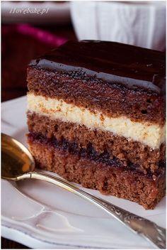 Whole pear cake - HQ Recipes Polish Desserts, Polish Recipes, Cookie Desserts, Christmas Desserts, Christmas Baking, Sweet Recipes, Cake Recipes, Dessert Recipes, Chocolates Gourmet