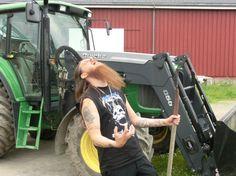 Fenriz does farming