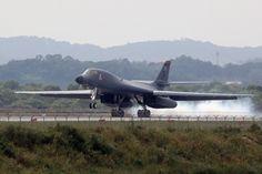 Bombardier supersonique américain B-1B