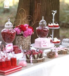 Valentine's Day Brunch table