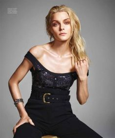 Jessica-Stam-Harpers-Bazaar-Mexico-February-2016-Cover-Editorial10