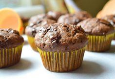 Sütöttél már banánnal muffint? Nem? Ideje kipróbálni! Meg fogsz lepődni, micsoda csodás, szaftos tészta lesz a végeredmény. És még másnap is puha marad. Már ha marad... Health Eating, Eat Dessert First, Cooking With Kids, Winter Food, Scones, Gourmet Recipes, Fudge, Food Porn, Food And Drink