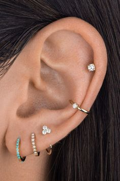 Pretty Ear Piercings, Ear Piercings Chart, Ear Peircings, Types Of Ear Piercings, Ear Piercings Cartilage, Multiple Ear Piercings, Piercing Tattoo, Auricle Piercing, Unique Piercings