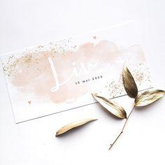 Koningkaart: trouwkaarten Hollandse Meesters, geboortekaartjes waterverf Baby Invitations, Pretty Pastel, Baby Cards, Babyshower, Birth, Hair Accessories, Scrapbooking, Notes, Children