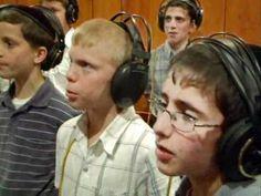 Хор Еврейских Мальчиков - Иерусалим / The Shira Chadasha Boys Choir - YouTube
