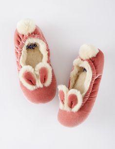 cuuute velvet bunny slippers...