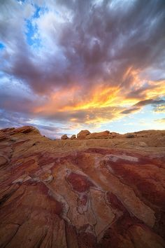 I currently live in Las Vegas, Nevada, with easy access to some of the most beautiful locations in the South West region of the United States. Sunset Valley, Valley Of Fire State Park, Living In La, Stars And Moon, Monsoon, Nevada, State Parks, Wander, Landscape Photography