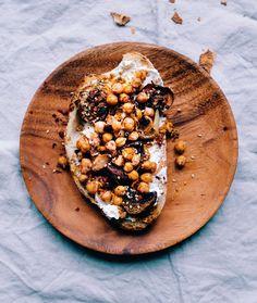 Chickpeas Love. Sourdough Bread, Snacks, Ricotta, Acai Bowl, Good Food, Photo And Video, Chickpeas, Breakfast, Healthy