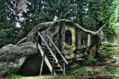 Imagini cu niste case extraordinare din intreaga lume