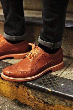 Ways To Dress Like A Gentleman The Rugged Gentleman!The Rugged Gentleman! Sock Shoes, Men's Shoes, Shoe Boots, Dress Shoes, Shoes Men, Gentleman, Fashion Shoes, Mens Fashion, Fashion News