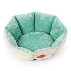 Chihuahua Dog Beds Soft Fleece Small Dog Bed Winter Puppy Beds Chihuahua Dog Beds are made of Soft Fleece and Flocking fabric. The Flocking fabric sticky hair is not strong, easy to clean. The bottom of this Small Dog Bed are made of High-quality oxford fabric, anti skip and anti-tearing resistance.  The best way to ensure a peaceful night is to make sure that your dog has a comfortable, safe place to curl up in. email info@megoopet.com to get outlet price.