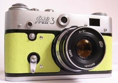 Want this camera badly!!! Love the reupholstered body.
