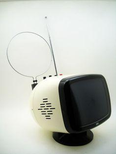 Vintage Space Age Italian Seleco SP9 portable television set