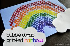 Bubble Wrap Printed Rainbow Craft from I Heart Crafty Things #StPatricksDay