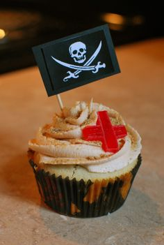 Buried Treasure Cupcakes- Under Frosting is a Foil covered Chocolate Coin!