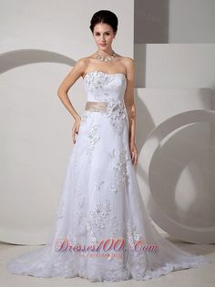 autumn Quinceanera gown in Nice    wedding dresses  flower girl dresses  bridesmaid dresses mother of the bride dresses  2013 new wedding dresses traditional wedding gown  Bridal gown