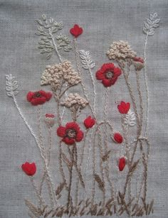 This style embroidery for those Capri pants I have pinned.