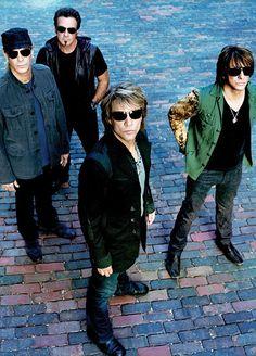 Bon Jovi kommen mit neuem Album auf ihrer 'Because we can Tour' am 30.06.2013 ins Stade de Suisse in Bern! Tickets auf www.www.ticketcorner.ch/bon-jovi oder an allen Vorverkaufsstellen