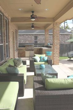 Outdoor Living Spaces On A Budget Seating Areas   Welcome to help my own website, in this time I will provide you with regarding Outdoor Living Spaces... http://zoladecor.com/outdoor-living-spaces-on-a-budget-seating-areas