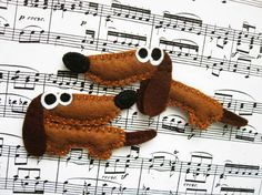 Bonny the dachshund  felt brooch or magnet animal by mirkajakabova