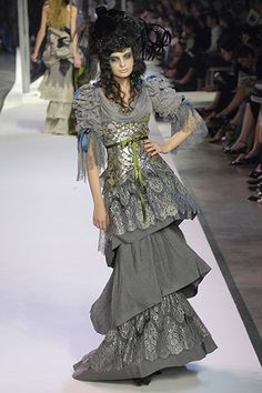 Christian Lacroix | Fall 2007 Couture Collection | Style.com
