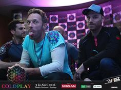 press conference in Chile show on tour Coldplay Tour, Coldplay Live, Coldplay Concert, Love Band, Cool Bands, Beautiful World Lyrics, Nissan, Chris Martin Coldplay, Jonny Buckland