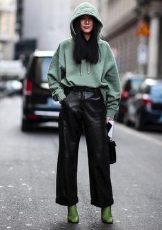 Street Style Trends, Street Style Women, Korea Street Style, Classy Street Style, Fashion Moda, Look Fashion, Womens Fashion, Classy Fashion, Fashion Black