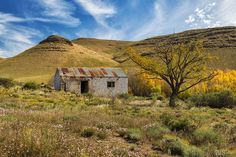 Landscapes | Rob Southey Photography Abandoned Houses, Abandoned Places, Old Houses, Landscape Photos, Landscape Paintings, Landscape Photography, Game Lodge, Art Village, Still Life Oil Painting