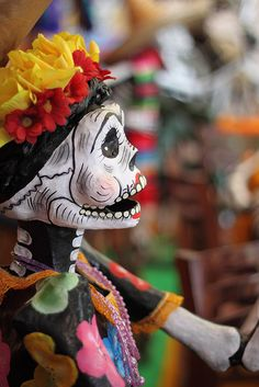 Ofrenda del Palacio 1 by Miguel Escobar T, via Flickr