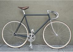 Simple, vintage et efficace. #fixie