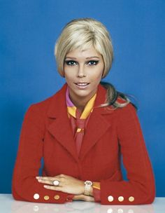 Nancy Sinatra - classic from the 1960's