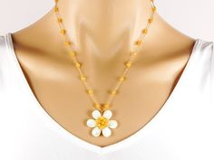 Daisy Necklace - mother of pearl - 14k gold filled - flower - gemstone - semi precious - aventurine - wire wrap - white - yellow