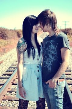 Alone Girl Pic wallpapers Wallpapers) – HD Wallpapers Cute Emo Couples, Scene Couples, Couples In Love, Romantic Couples, Alone Girl Pic, Emo Love, Couple Wallpaper, Girl Wallpaper, Emo Scene