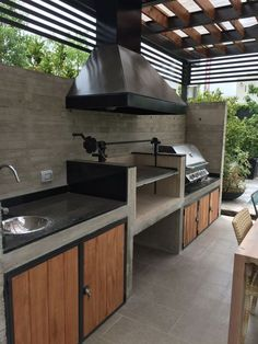 as soon as these outdoor kitchen ideas, you can both prepare and enjoy your food. as soon as these outdoor kitchen ideas, you can both prepare and enjoy your food under the warm sun or glittering stars. You will find designs for all. Outdoor Kitchen Countertops, Outdoor Kitchen Bars, Backyard Kitchen, Outdoor Kitchen Design, Backyard Patio, Kitchen Decor, Summer Kitchen, Rustic Outdoor Kitchens, Kitchen Storage